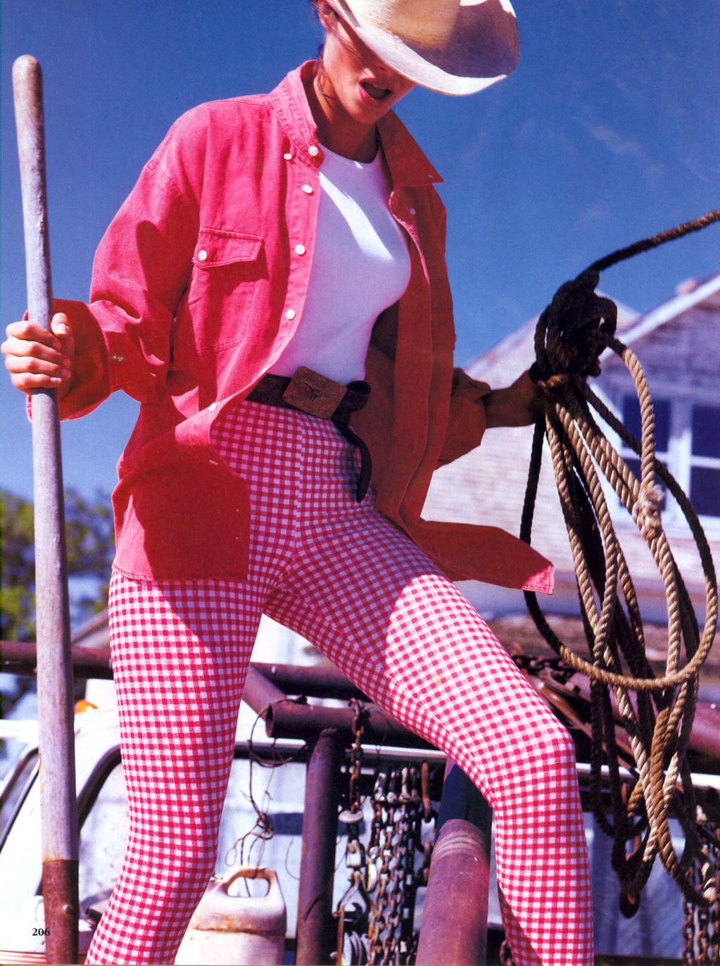 Vogue (US) January 1991 | Dress For Less - ingham Checks In 03.jpg