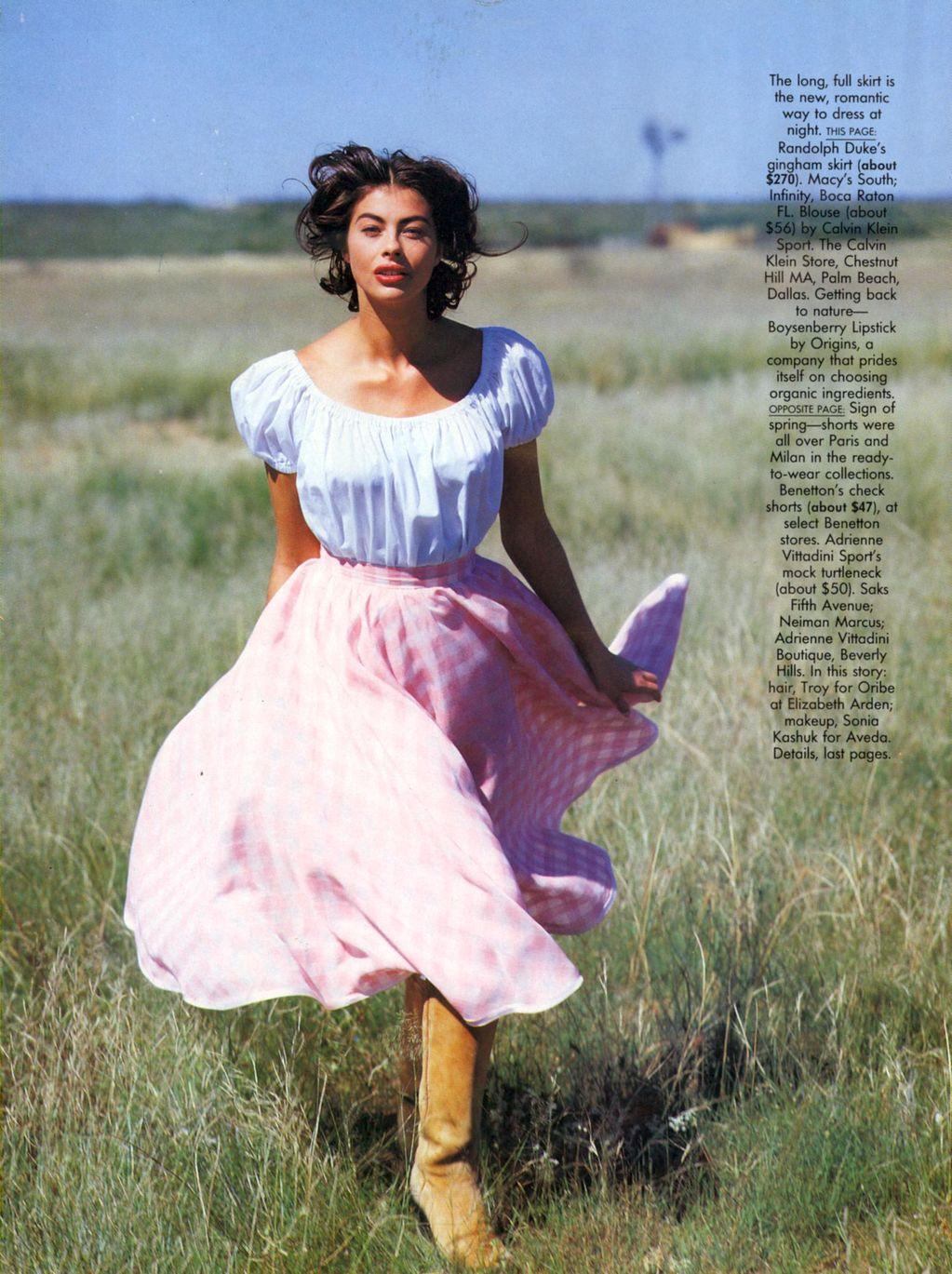 Vogue (US) January 1991 | Dress For Less - ingham Checks In 07.jpg