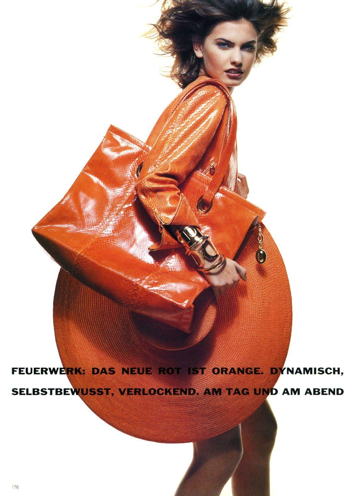 Vogue (Germany) January 1991 | Multi Color 07.jpg
