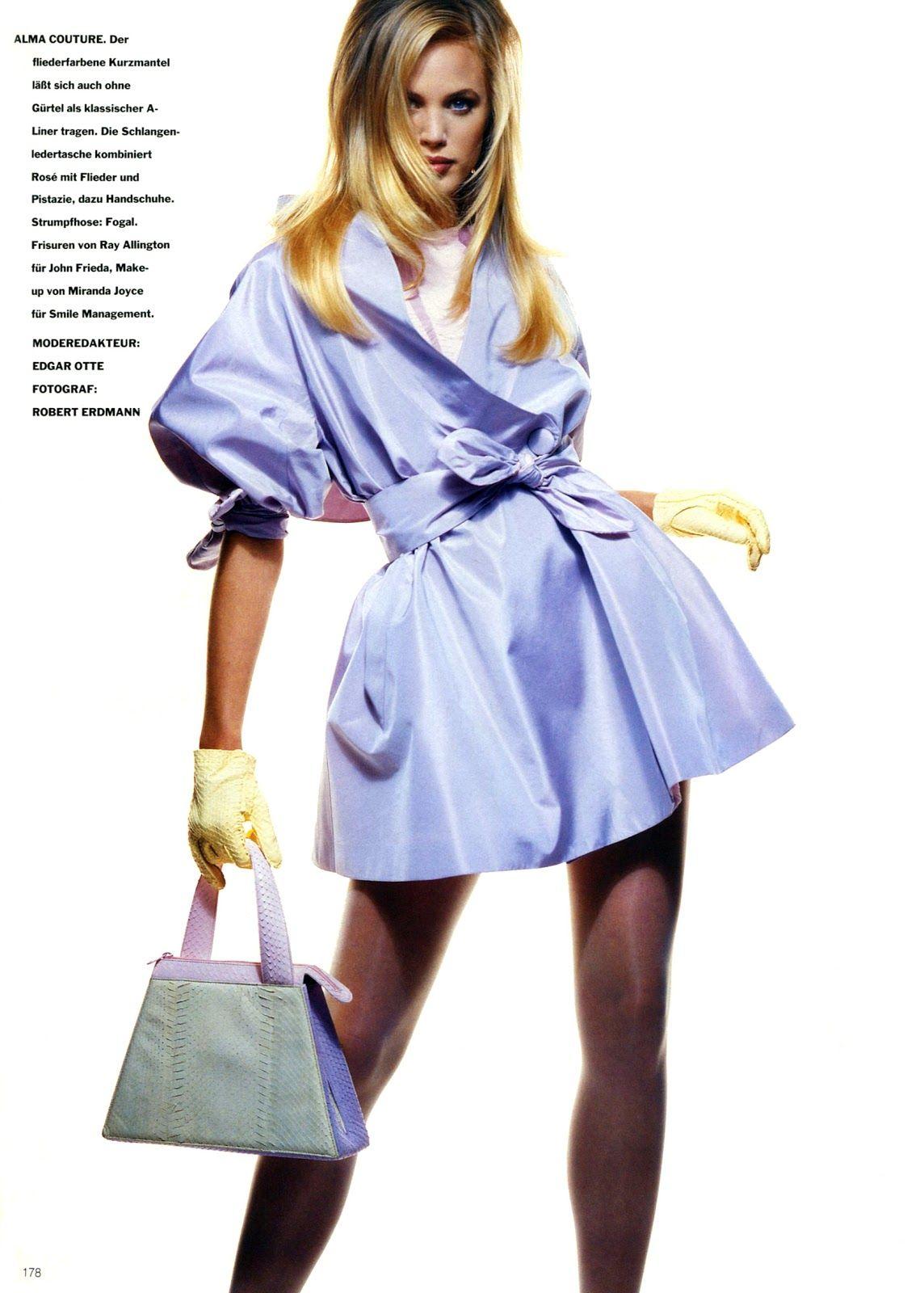Vogue (Germany) January 1991 | Multi Color 09.jpg