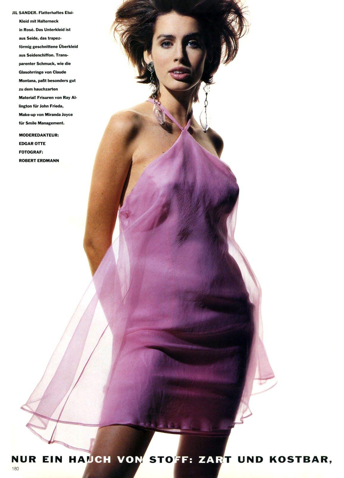 Vogue (Germany) January 1991 | Multi Color 11.jpg