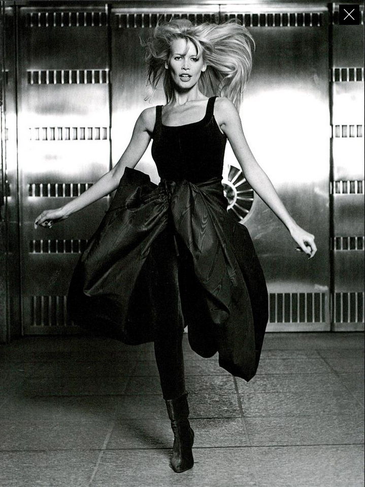 Vogue (Italia) July 1994   Claudia Schiffer 08.jpg