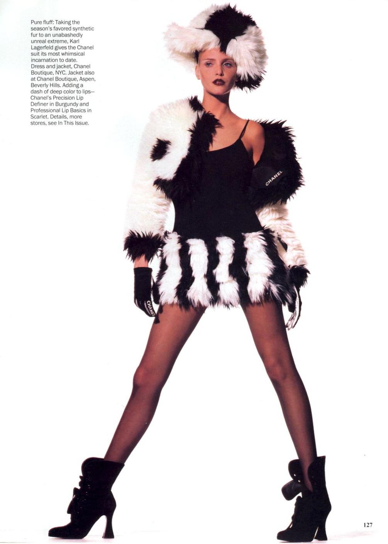 Vogue (US) July 1994   Nadja Auermann by Irving Penn 04.jpg