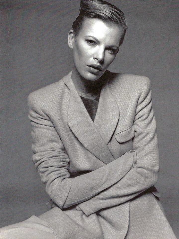 Vogue (Italia) July 1994   03 Emma Balfour.jpg