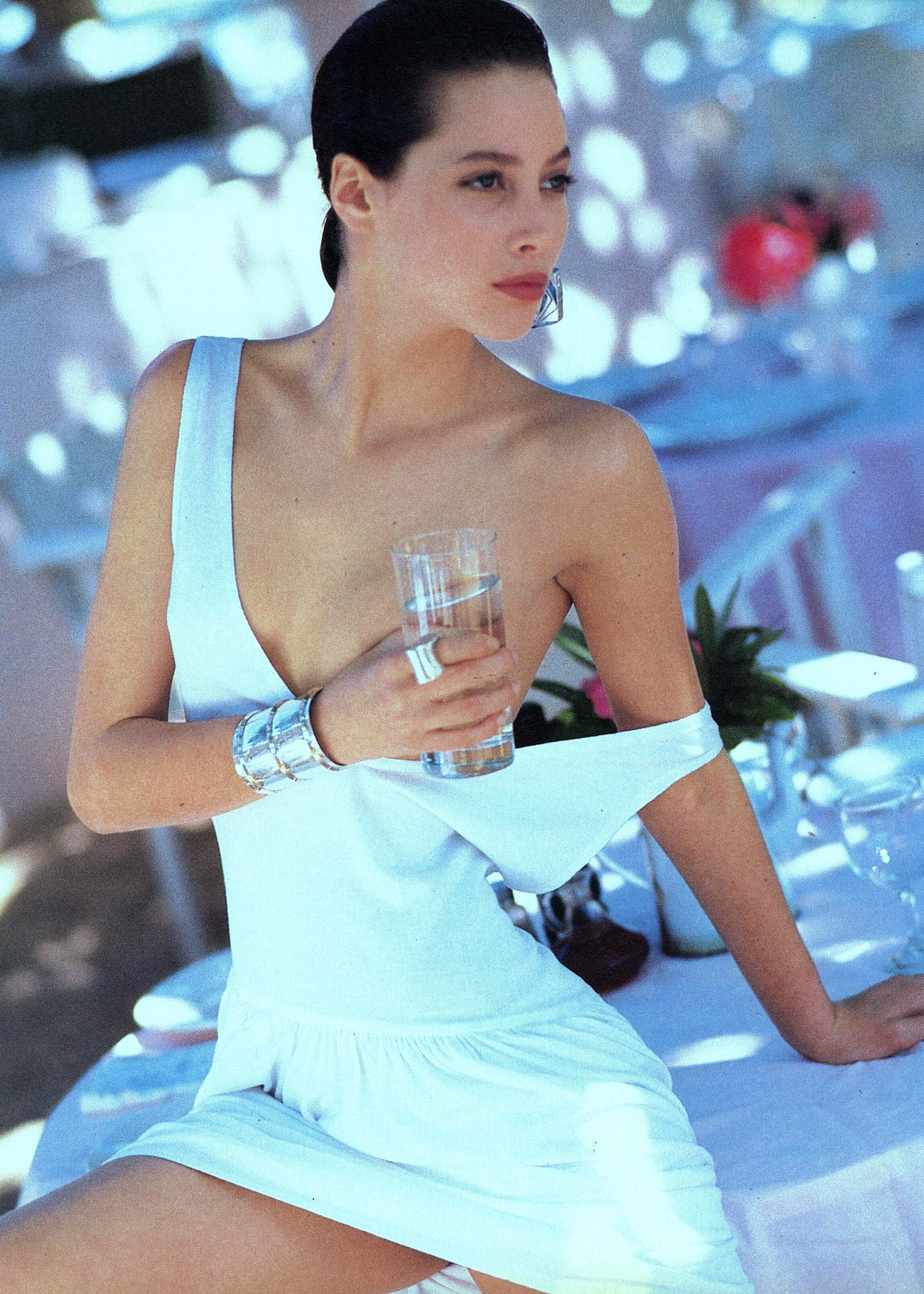 Vogue (US) June 1986 | Patty McHugh & Christy Turlington 11.jpg