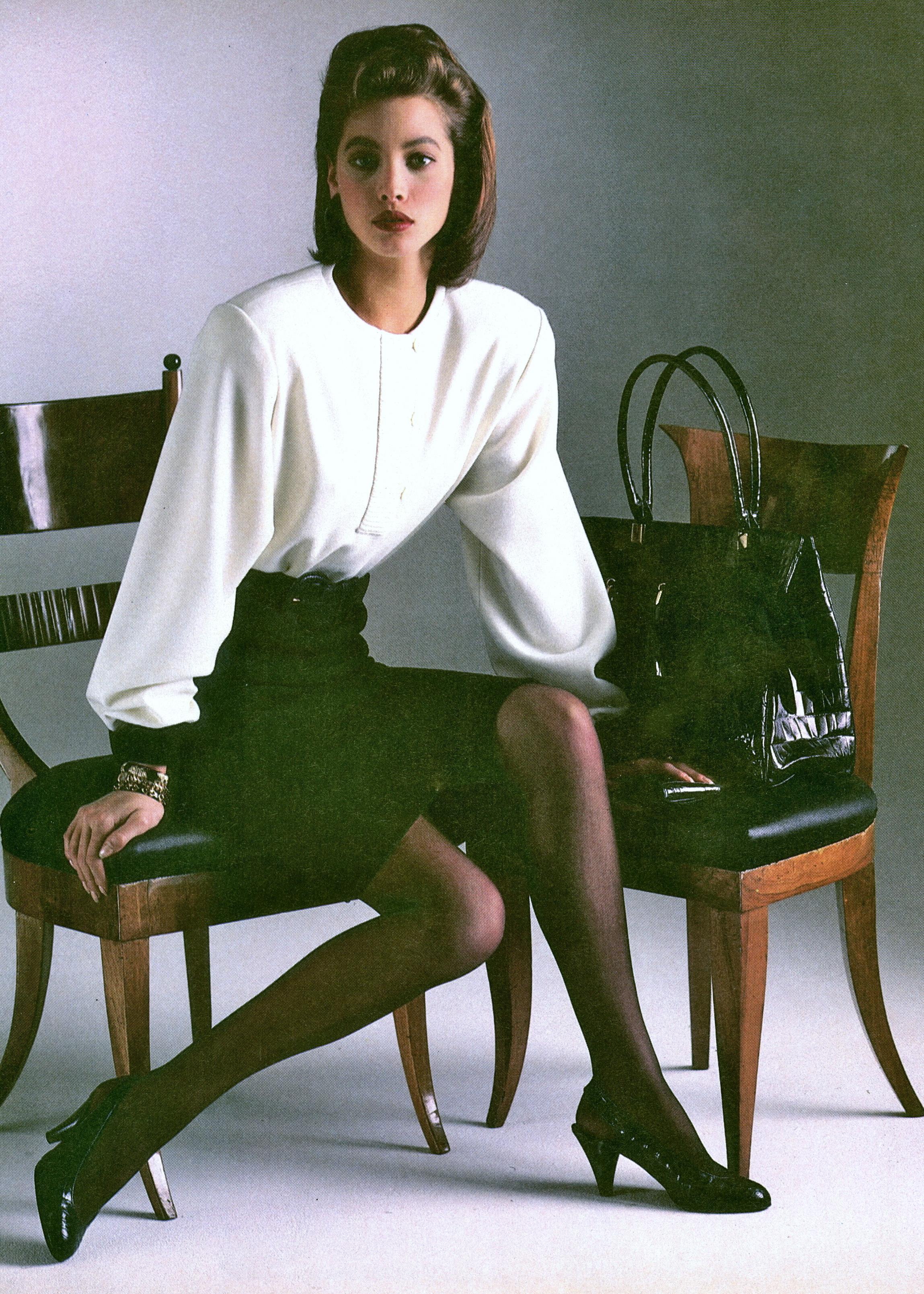 Vogue (US) June 1986 | Christy Turlington & Jose Toledo 05.jpg