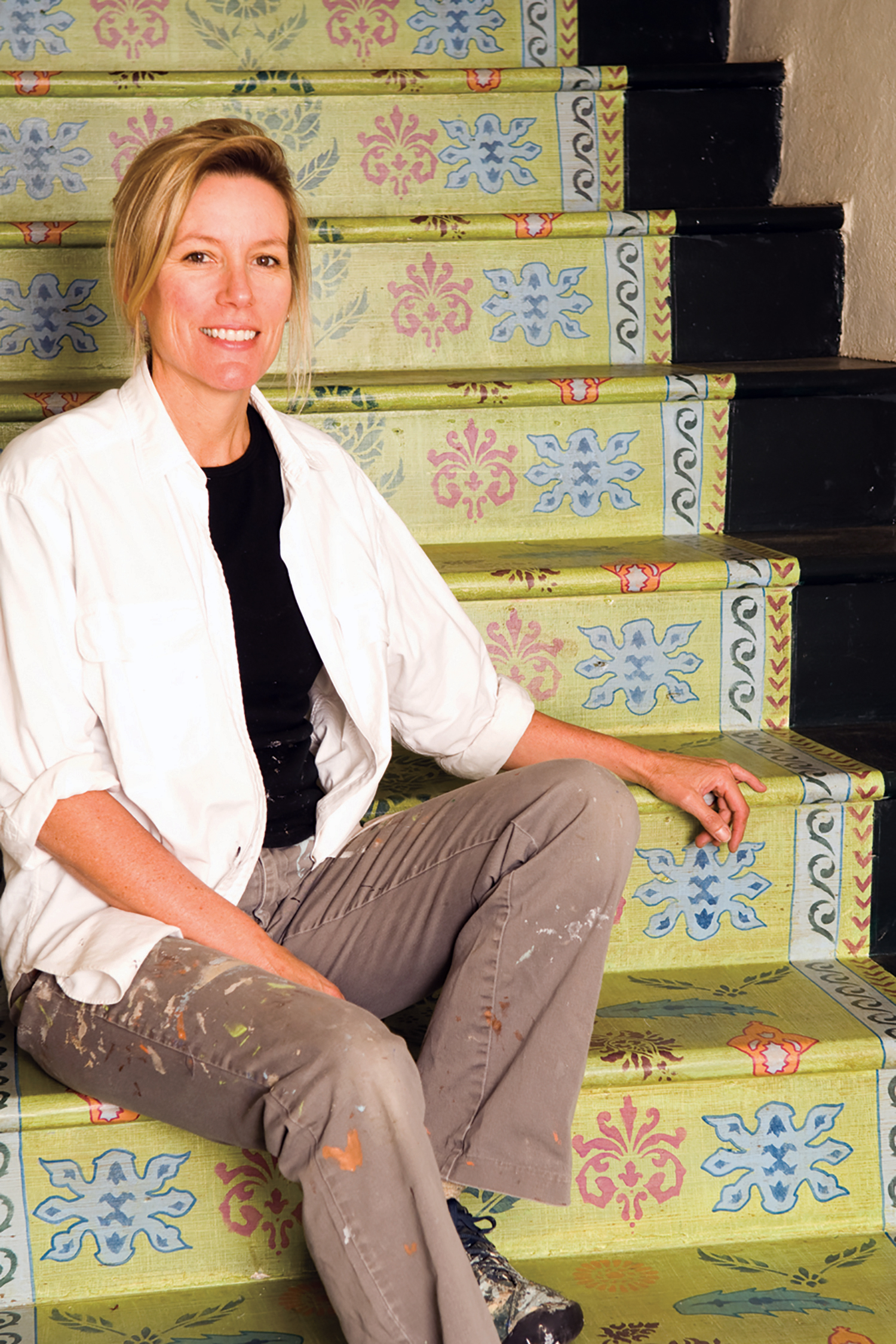 Karen Oakley / Painted Staircase / Commercial Space