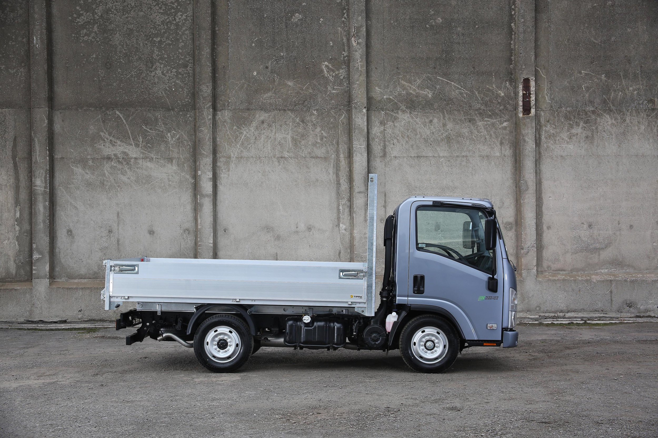 ISUZU 3.5 TONNE GRAFTER - Small, reliable and ready to work.Available in multiple specifications.