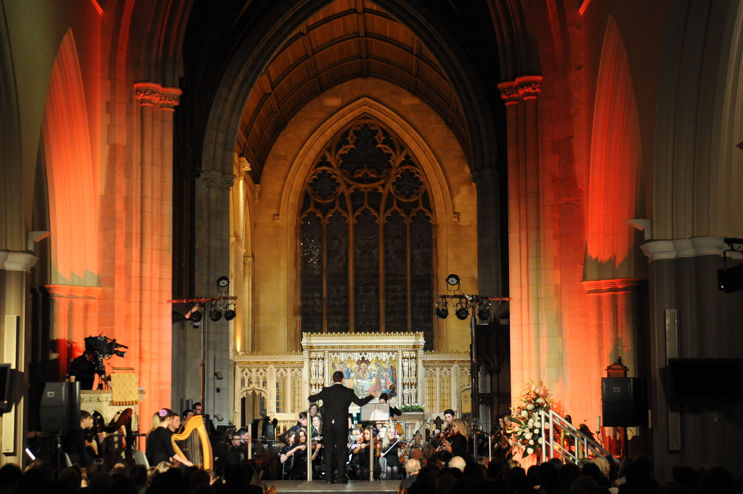 NFOI performing Boróimhe in 2014