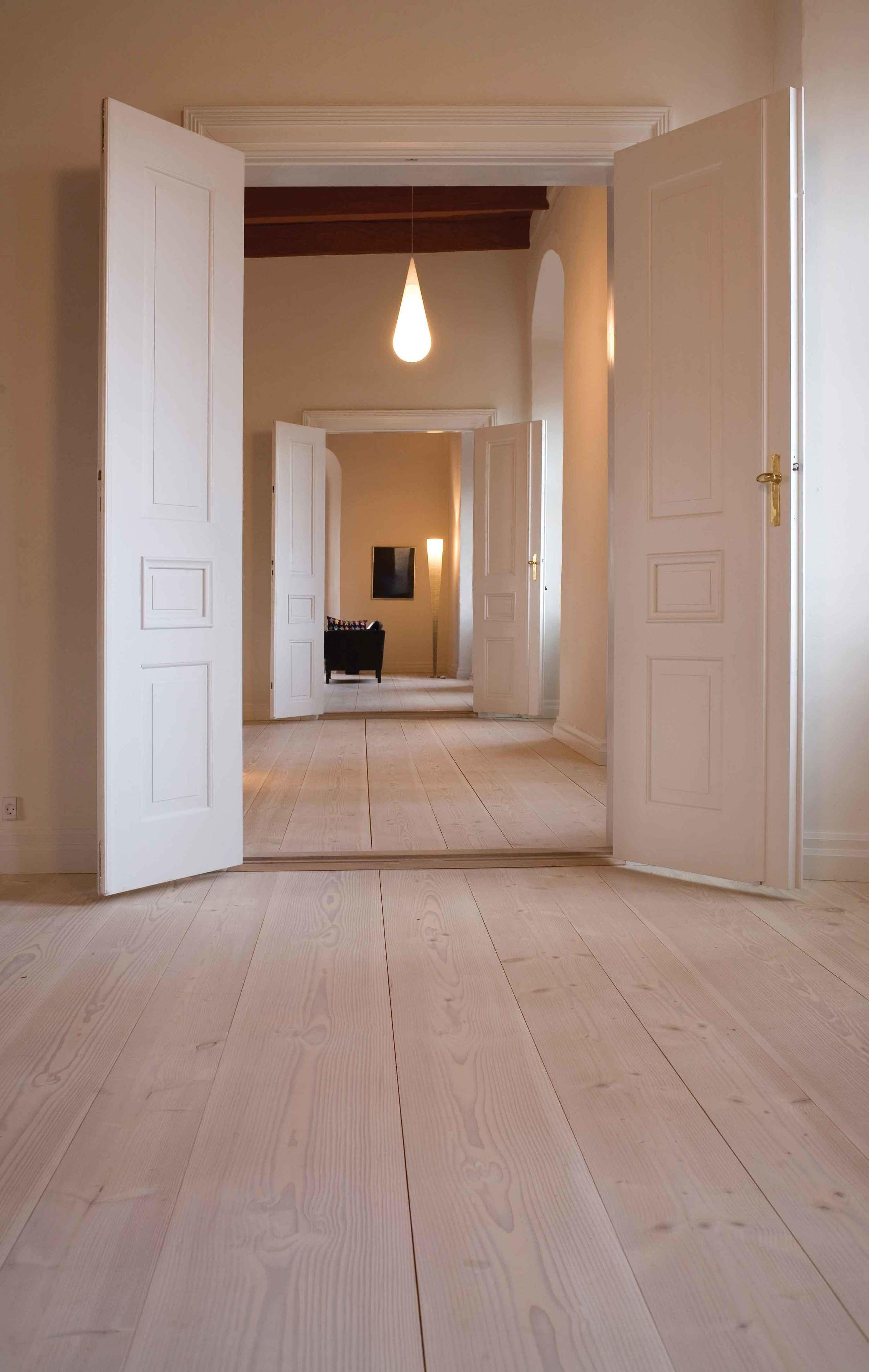 RODE-BROS-GERMAN-ROOM-FLOORS-web.jpg
