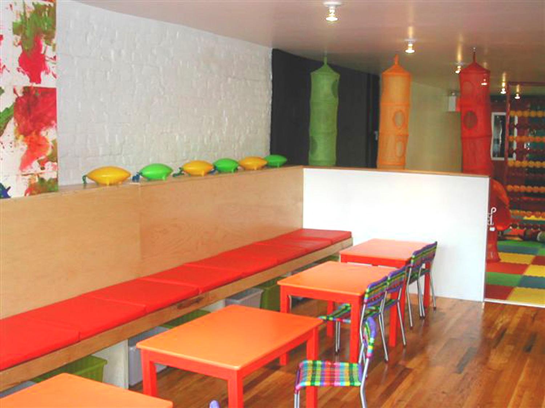 cafe banquets oct 2003 007.jpg