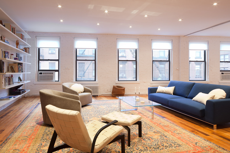 Munter Residence by I-Beam_Living room_Photo by Travis Dubreuil.jpg