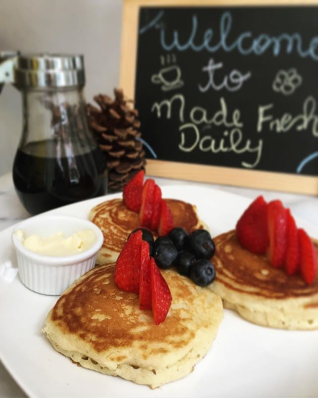 Believe it or not, kids brunch too. Try our mini fruit pancakes at half the price 😉  #brunch #weekendplans #kidswelcome