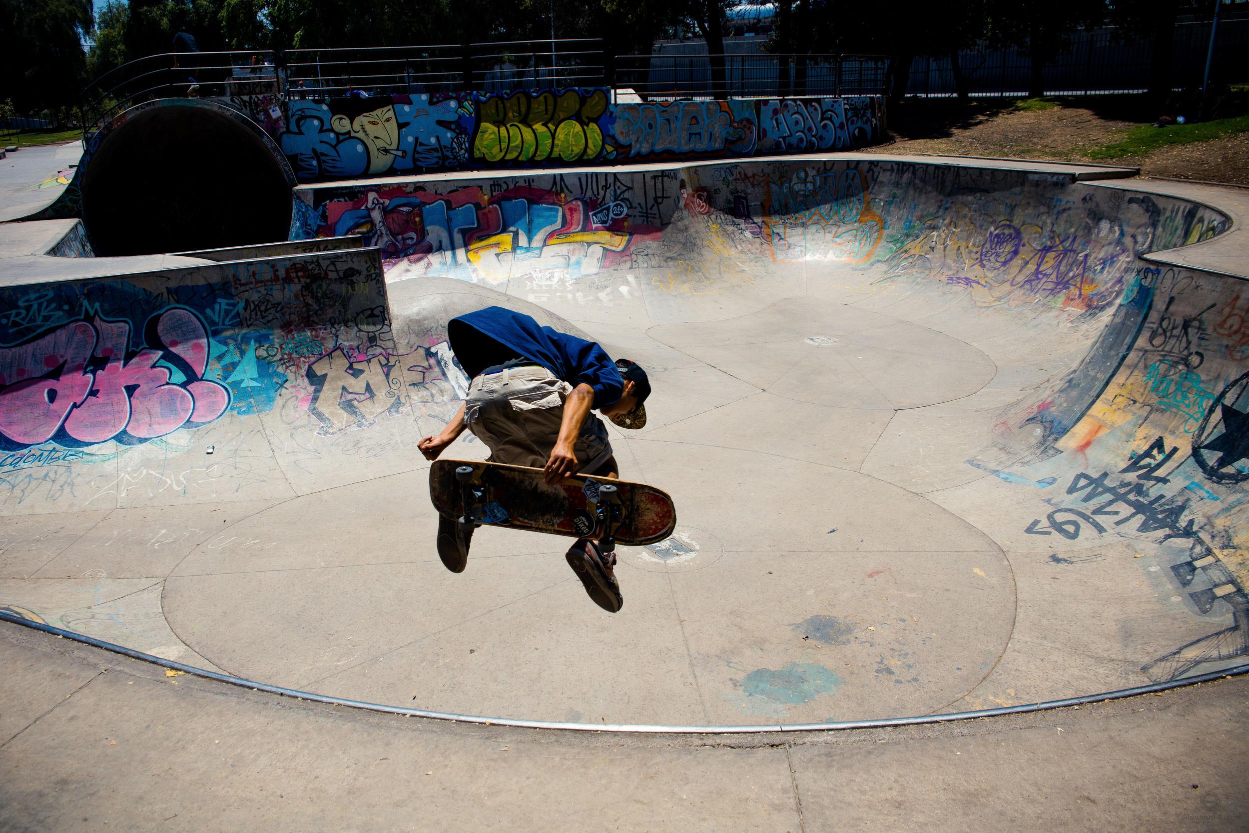Skateboarder in Santiago