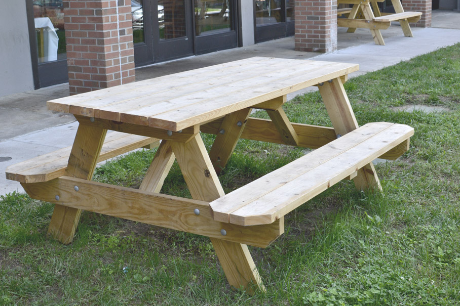 6' Picnic tables