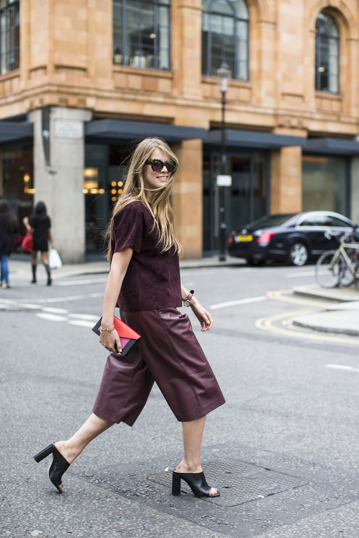 burgundy-outfit-and-black-mules[1].jpg