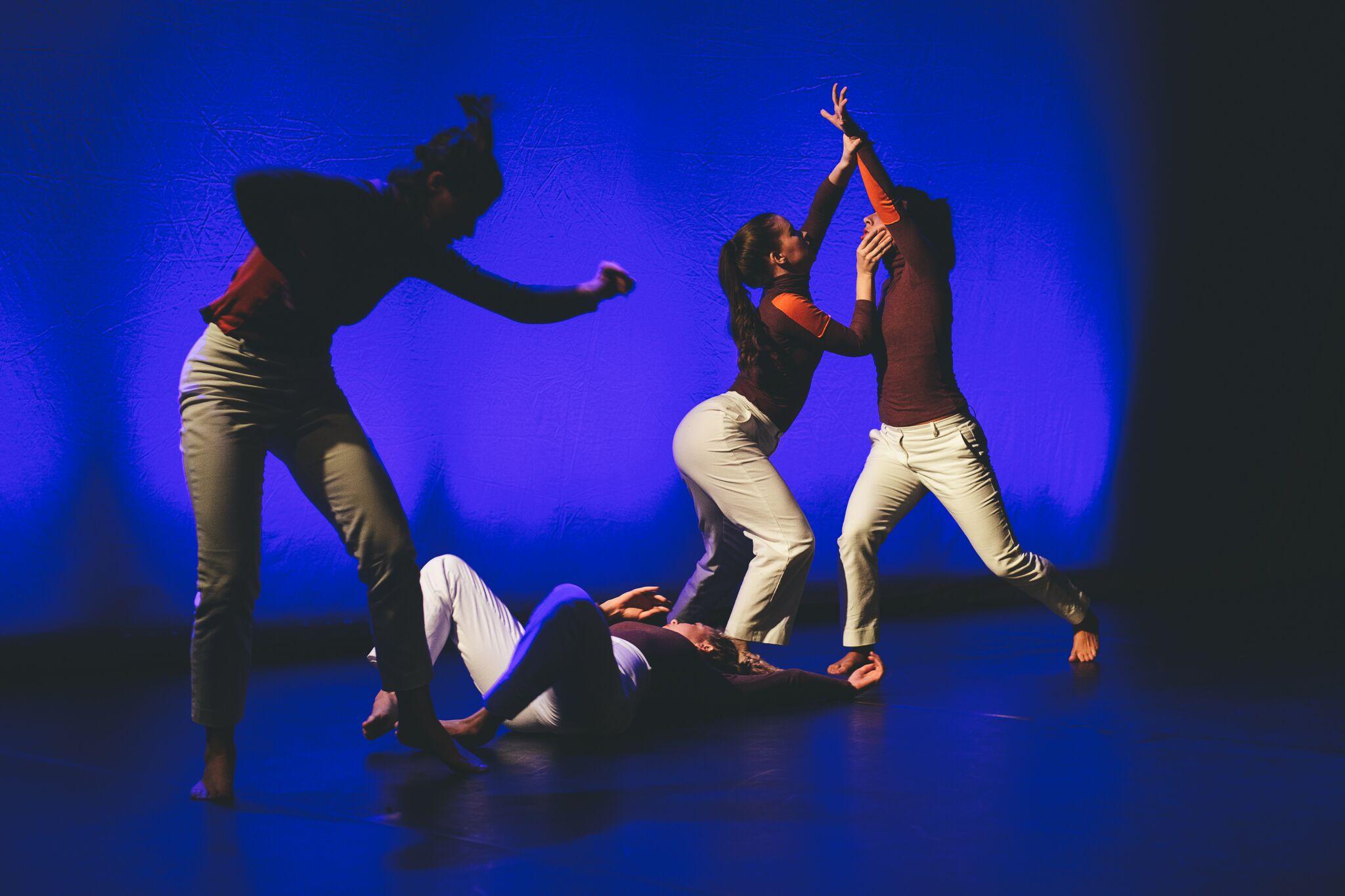 Dancers: Taryn Lavery, Hailley Laurèn, Lucy Wilson, Alex Miller