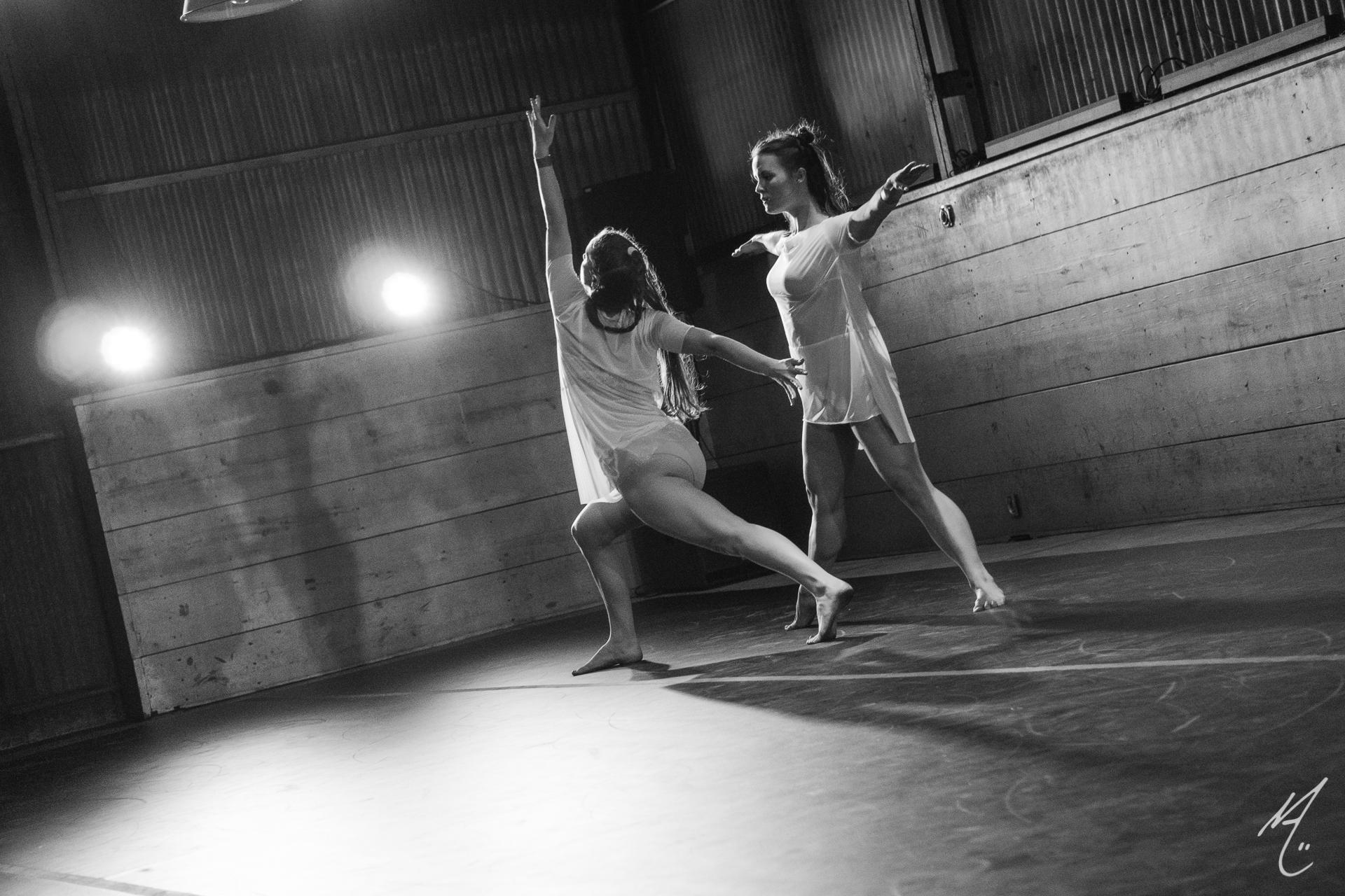 Dancers: Lucy Wilson, Laura Mobley
