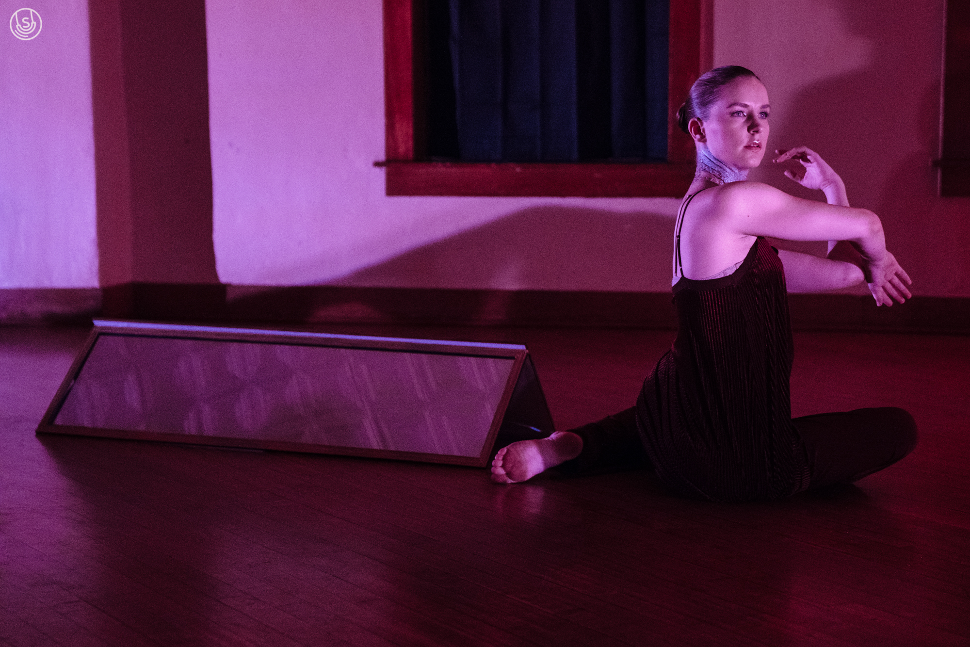 oblique - Revolve: A Movement DisplaySeptember 23, 2017Charles Johnson House. Austin, TXoblique explored vanity and perception in a two-hour movement installation with original score by Josh Kavanaugh.