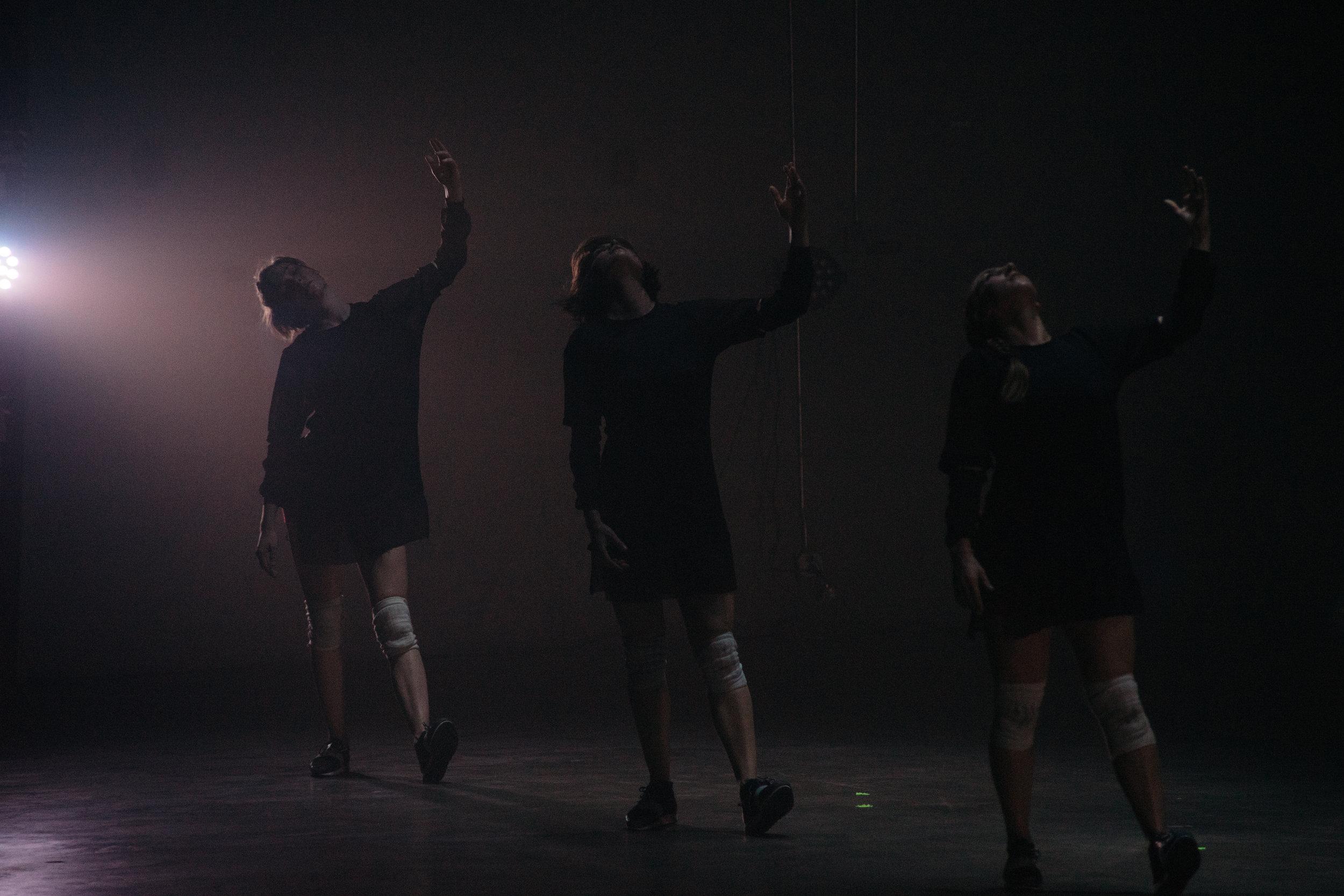 Dancers: Katie Gunderson, Taryn Lavery, Katie Hopkins
