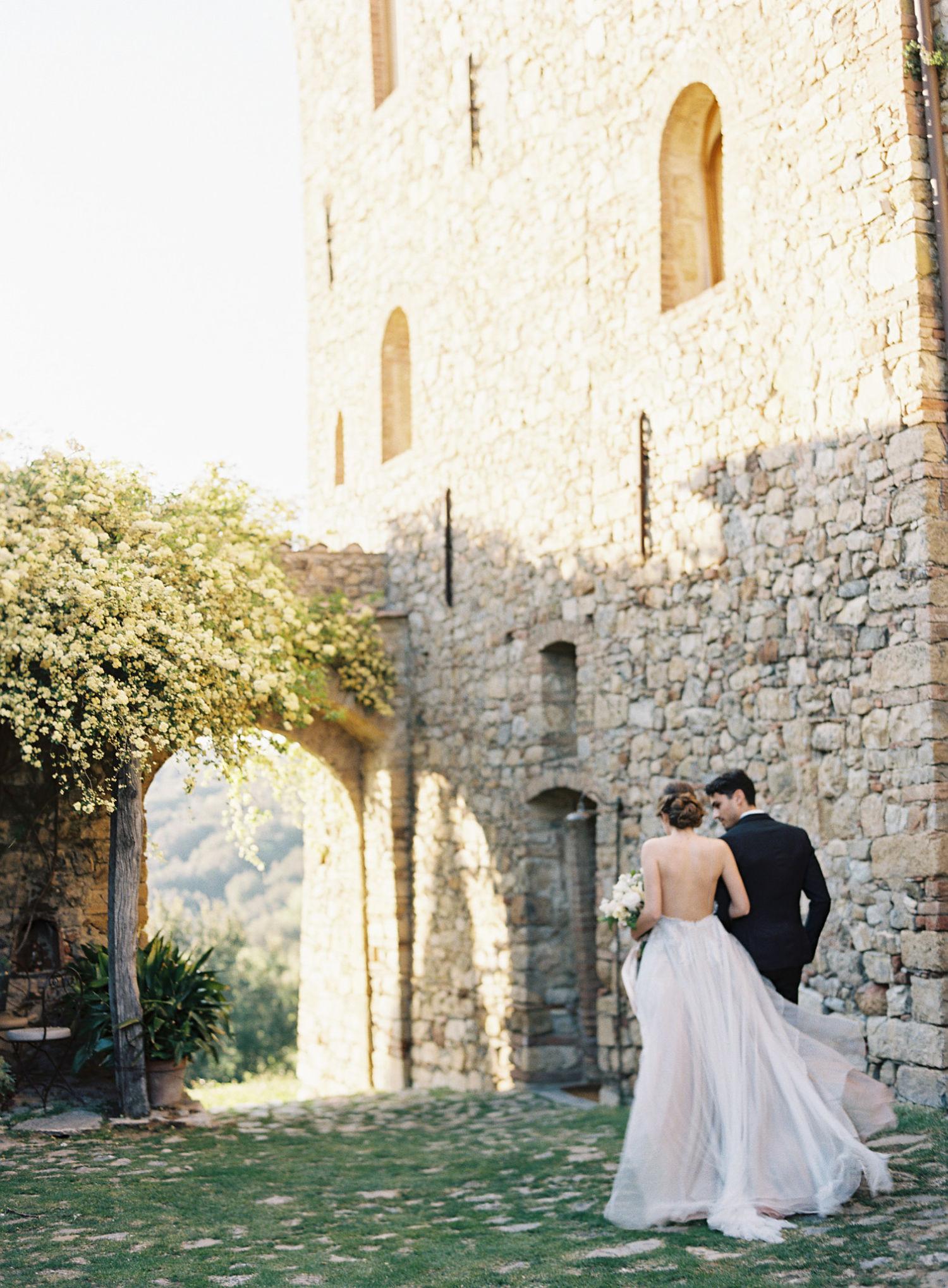 Taylor&Porter_CastilloDeVicarello_ItalyWedding_141_opt.jpg