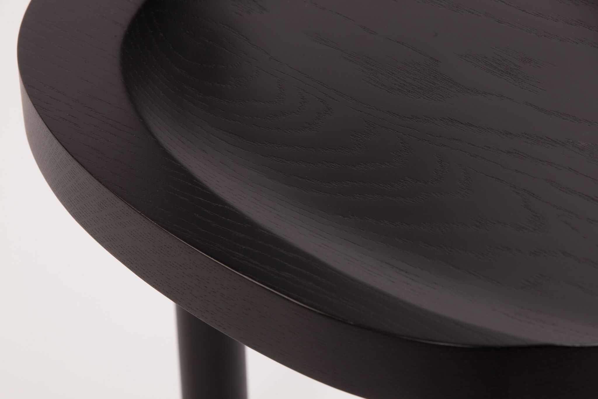UNA_BLACK_DETAIL_SEAT02_preview.jpg