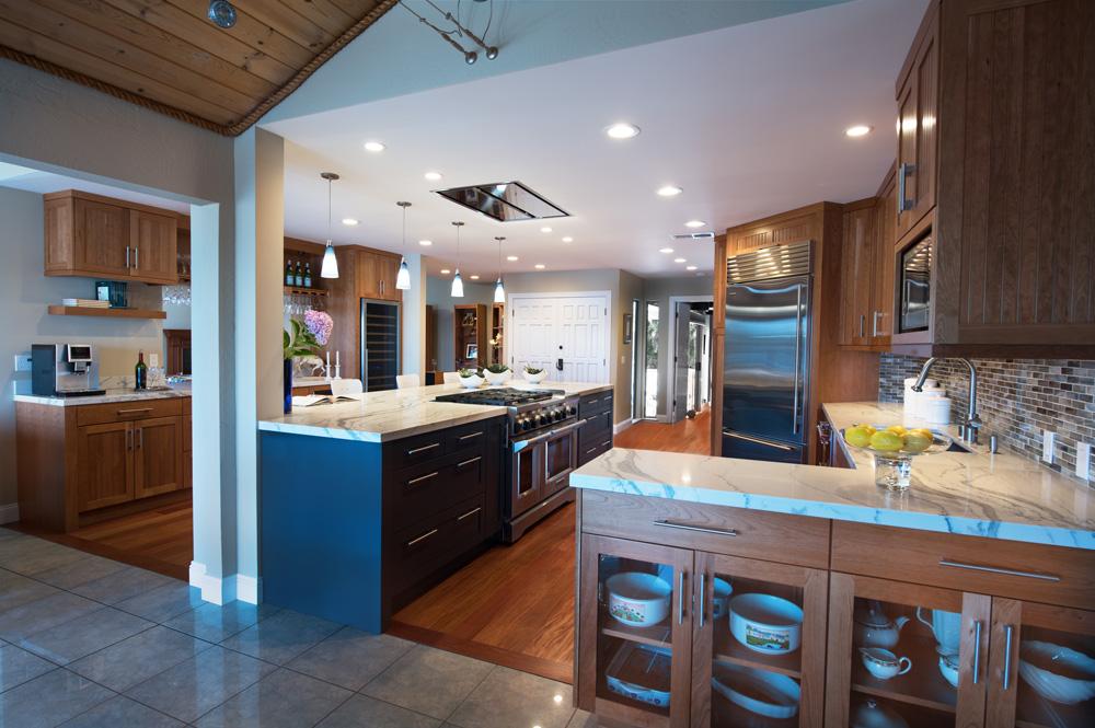 transitional_kitchens_lamperti_image1.jpg