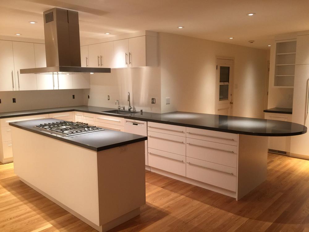 transitional_kitchens_lamperti_image14.jpg