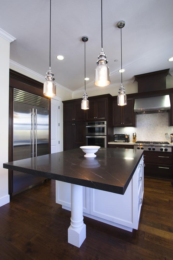 transitional_kitchens_remodel_lamperti_image27.jpg