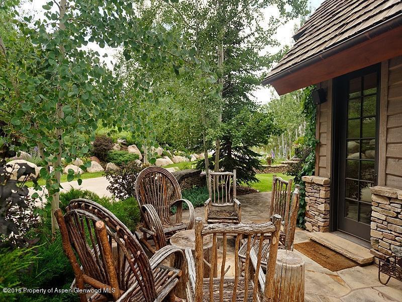 Quiet outdoor patio.