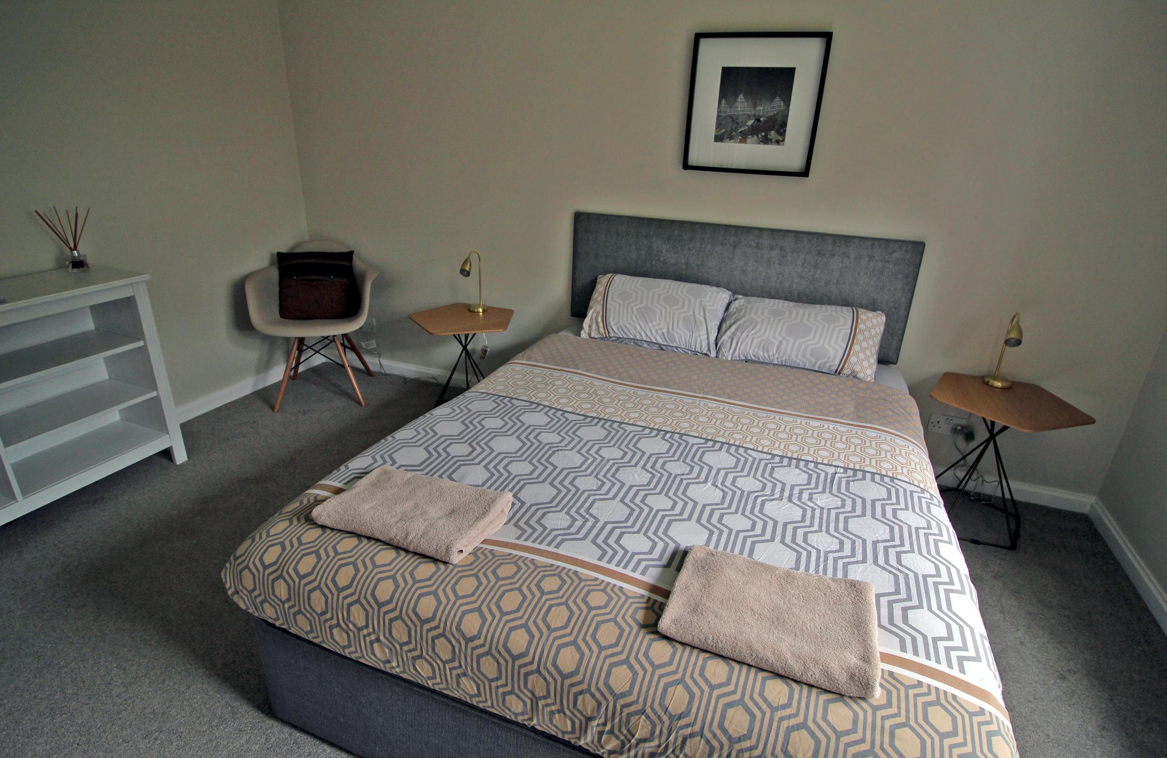 BedroomDoubleDownstairs.jpg