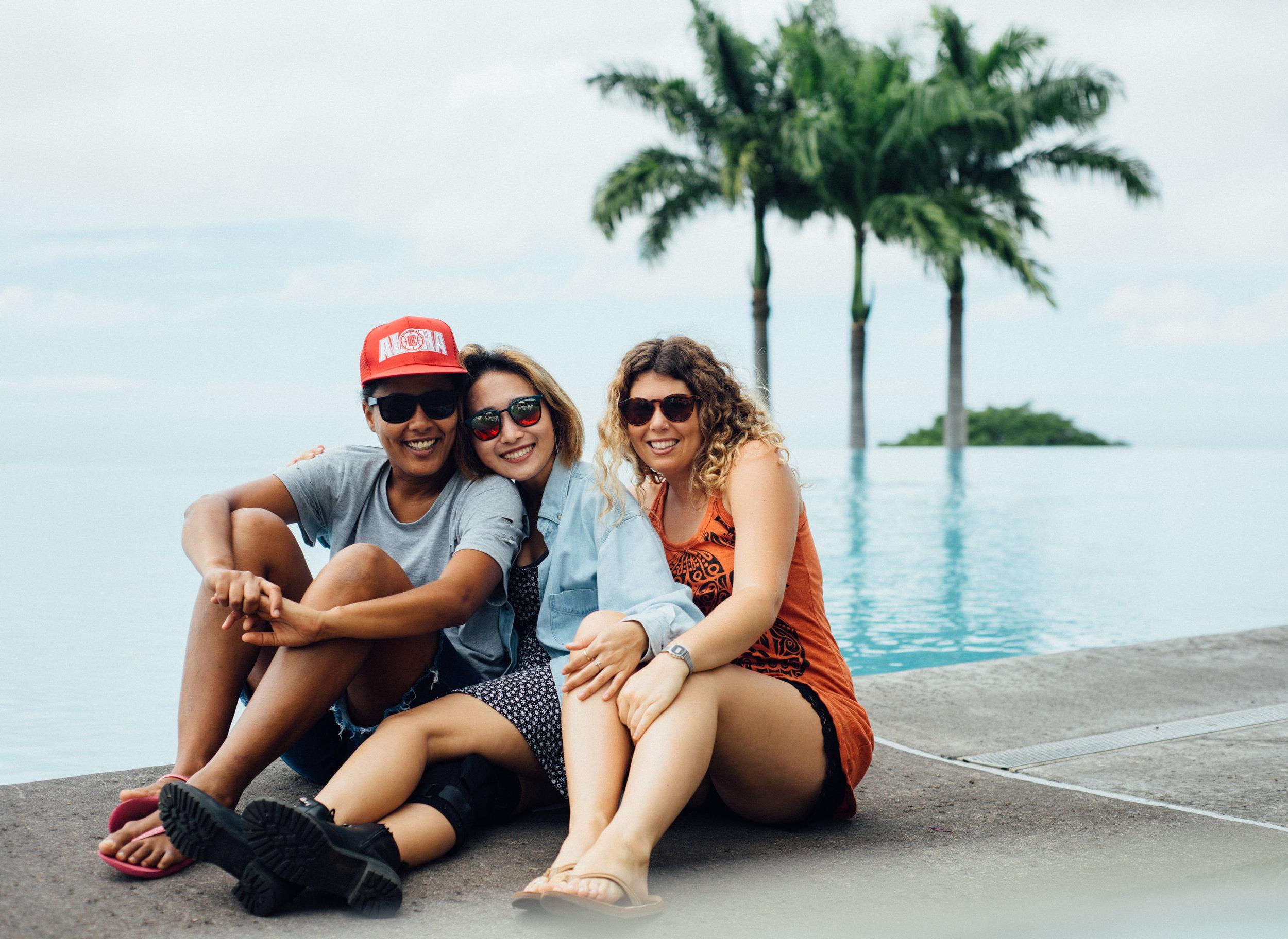Andreia, Daisy, and I_.jpg