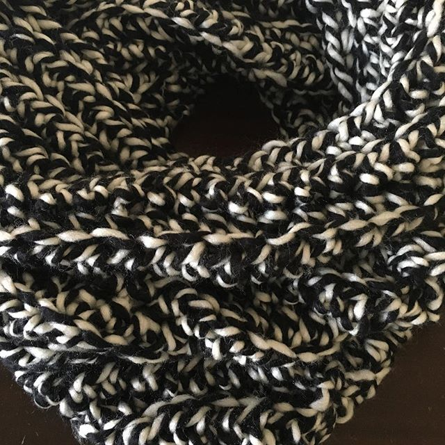 bcozie - crochet accessories Sunday