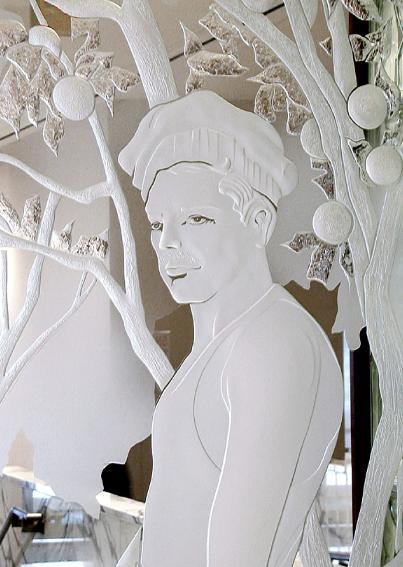 la-frontera-brownsville-courthouse-pegasus-studio-inc-etched-glass-sculptures-2.jpg