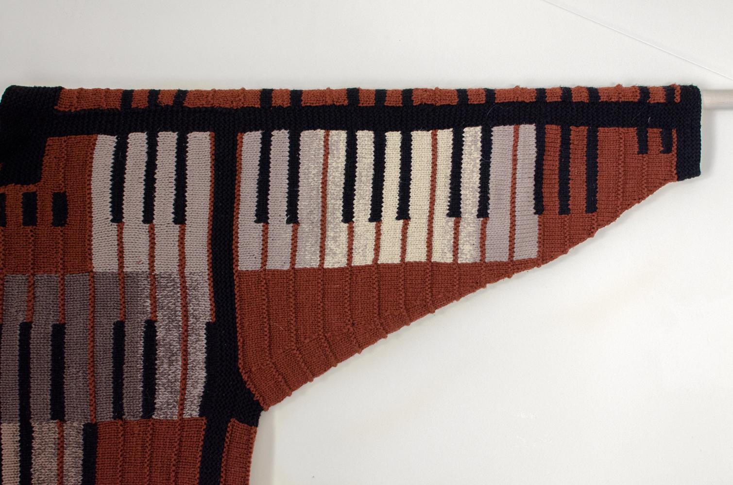 sweater-2c.jpg