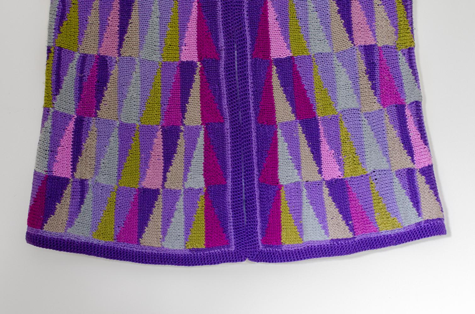 sweater-4b.jpg