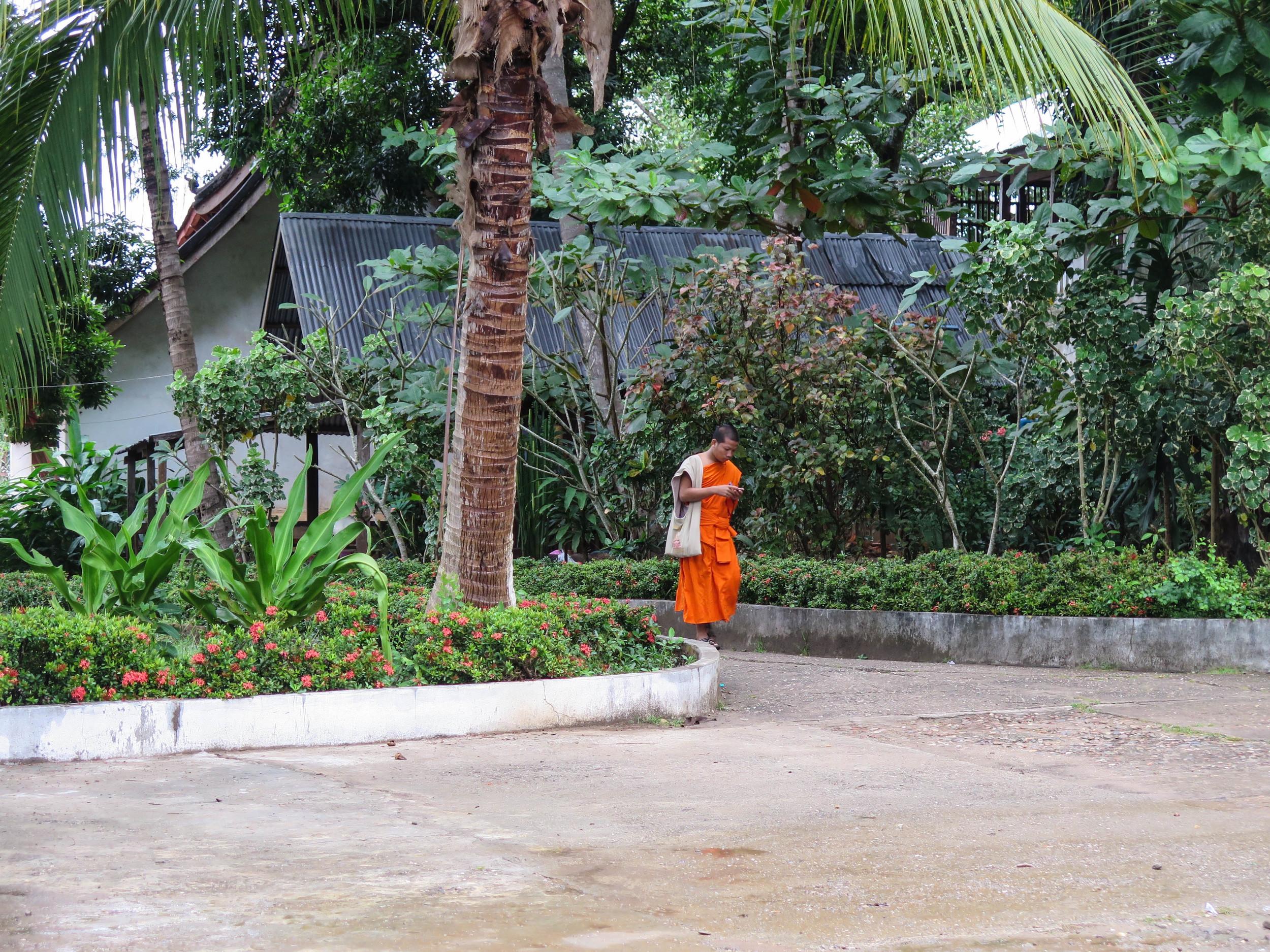 Wat Siphoutthabath, Luang Prabang