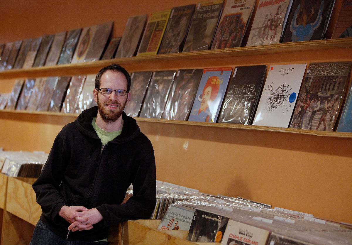 """Vinyl Recordings Get New Bull City Outlet,"" Cliff Bellamy,  The Herald-Sun  (Durham), January 7, 2016.    Store description, with a little discussion of 45 history and the staff at Carolina Soul."