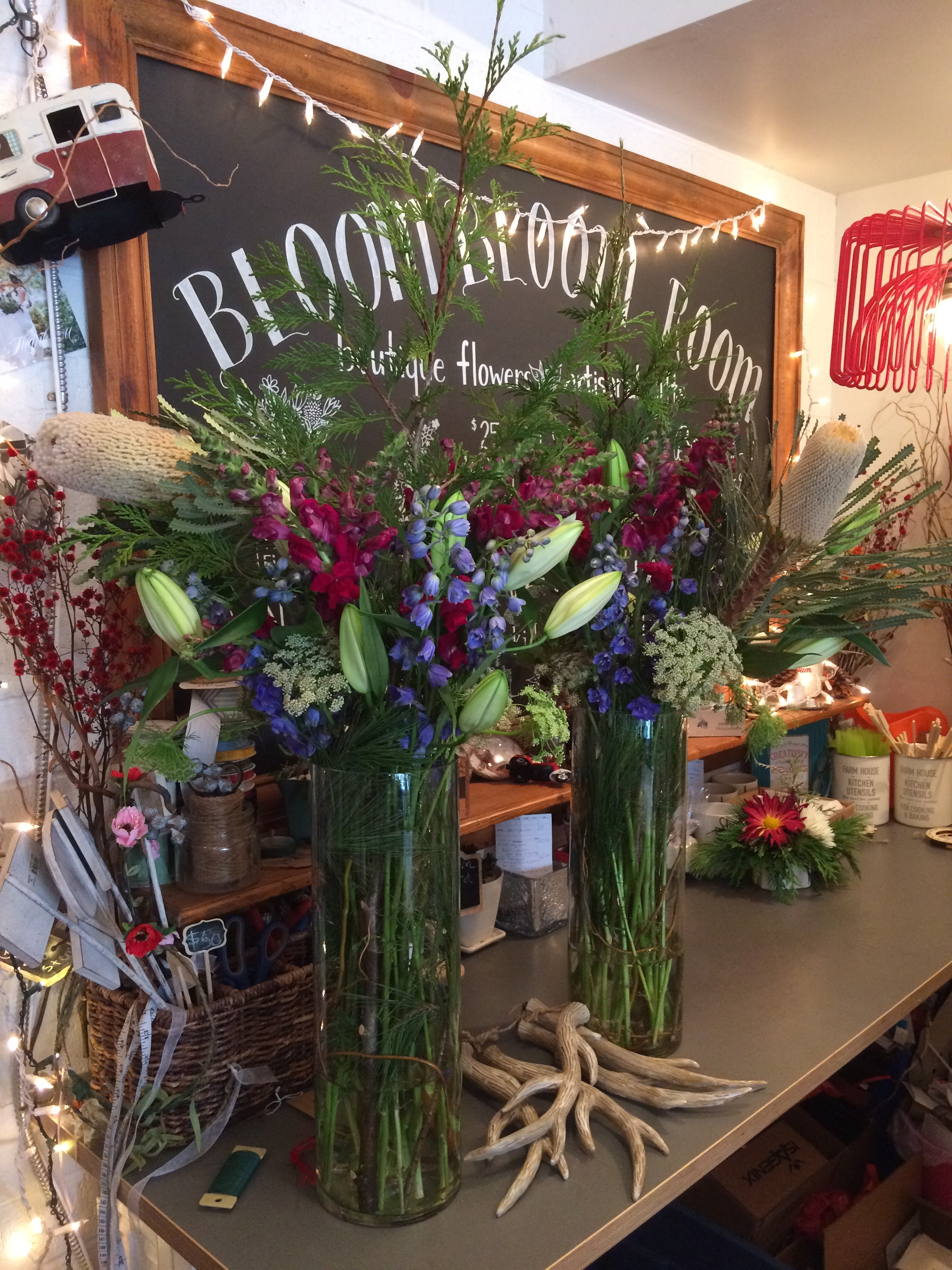 Online flower boutique located in a private warehouse in New West - order flowers online for New Westminster and Metro Vancouver.