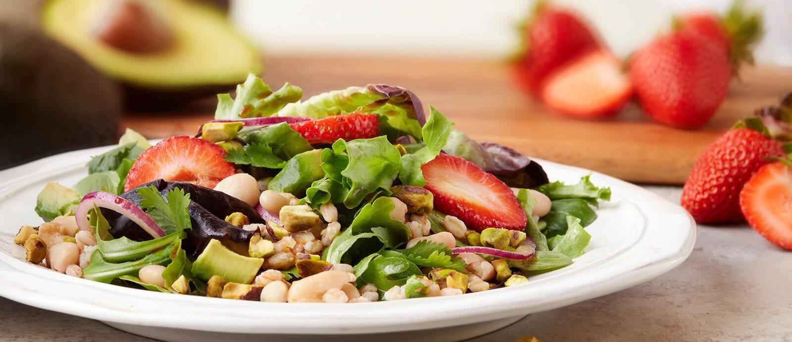 Strawberry-Pistachcio-Salad1660-e1496692111518.jpg