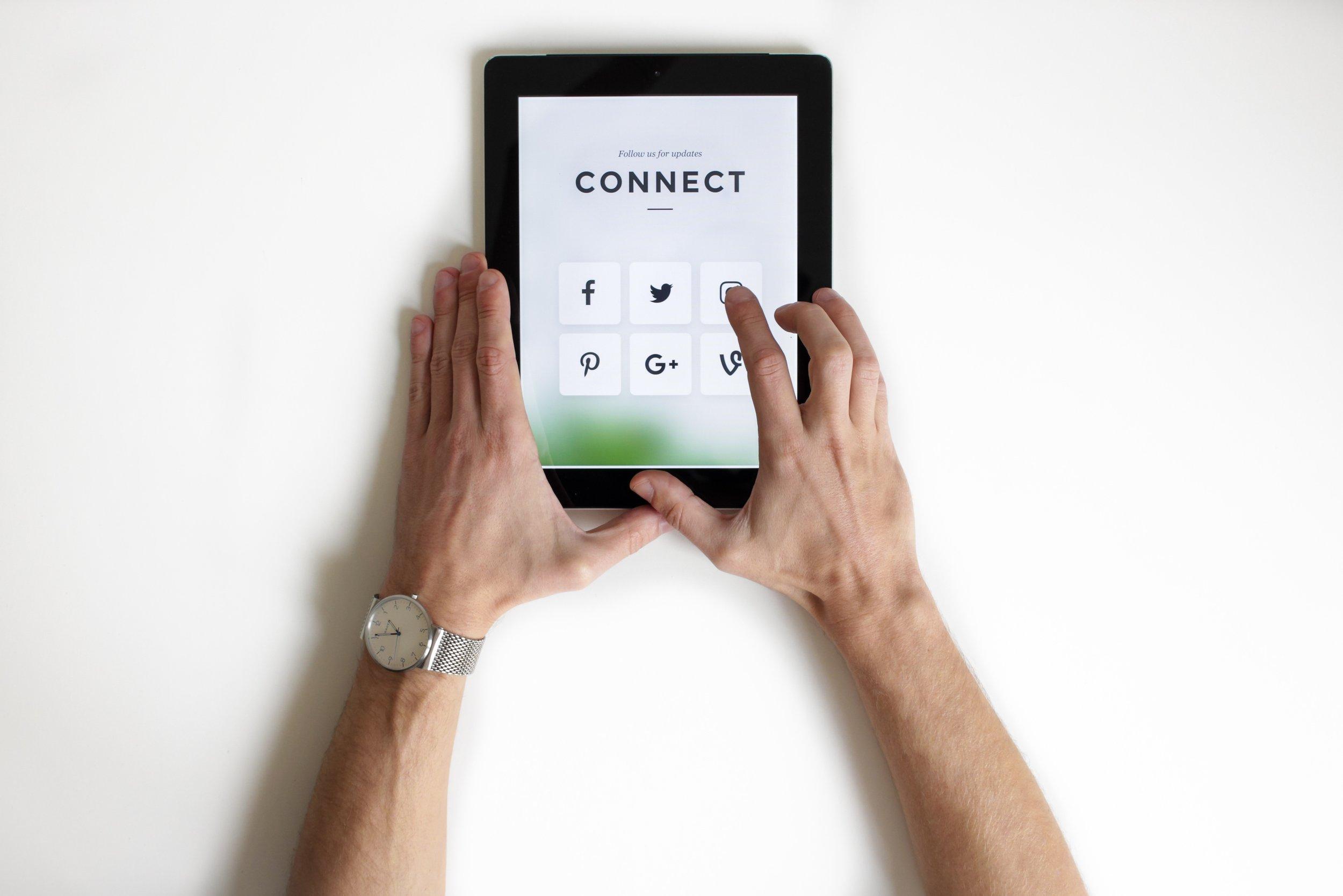 social media and parenting