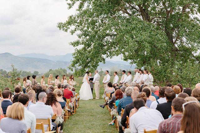 Colorado delivering the most perfect green pasture wedding altar. 💚 @orchardyaya @berryandwater . . . . #rusticwedding #farmwedding #marthastewartweddings #ruffledblog #greenweddingshoes #weddingchicks #bride #ceremonyphoto #theknot #weddingwire #weddingvenue #coloradowedding #coloradoweddingphotographer #betsyandgregoryphotos #weddingphotography #weddingphotographer #weddinginspiration #coloradobride #sayido #love #happilyeverafter #weddingday #realwedding #weddingceremony #rockymountainbride