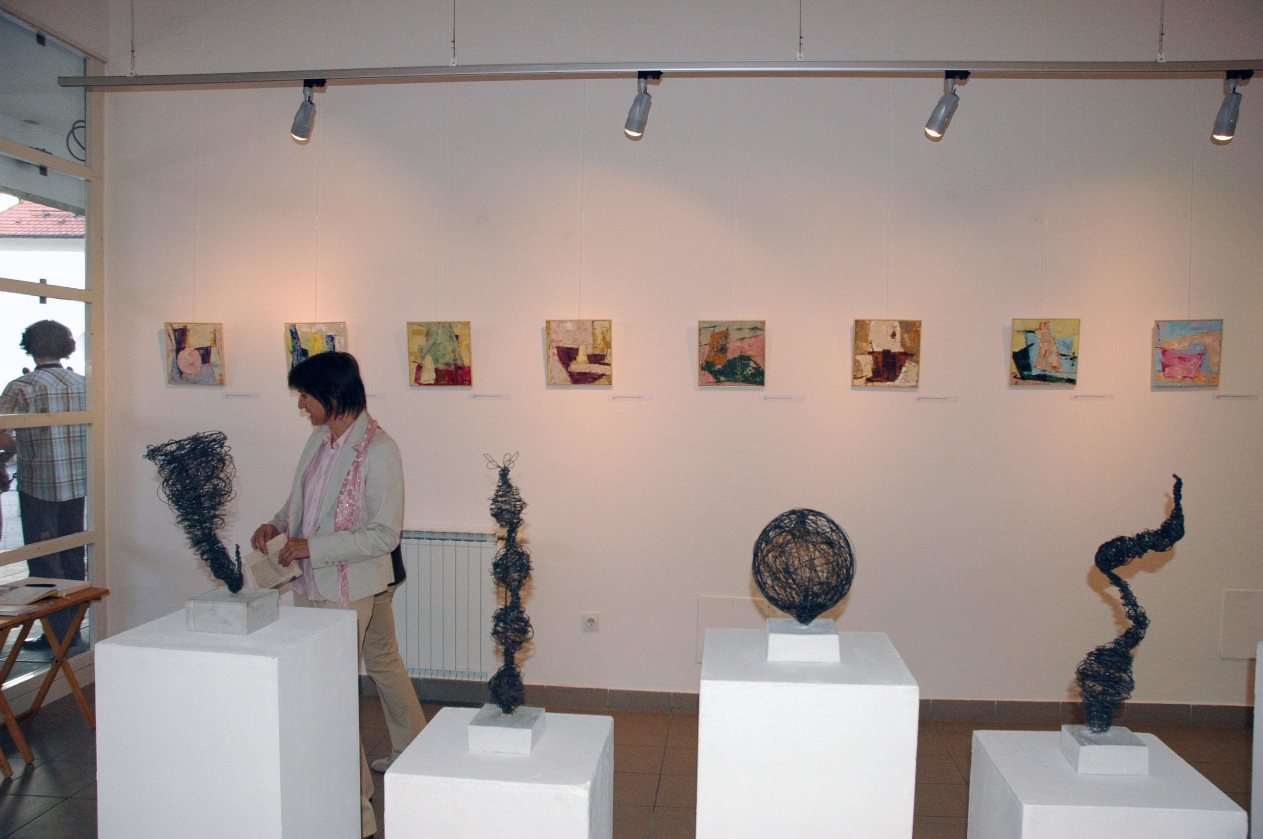Samostojna razstava Natalije Kozjek, Media Nox (fotoarhiv dr. Dragica Marinič)
