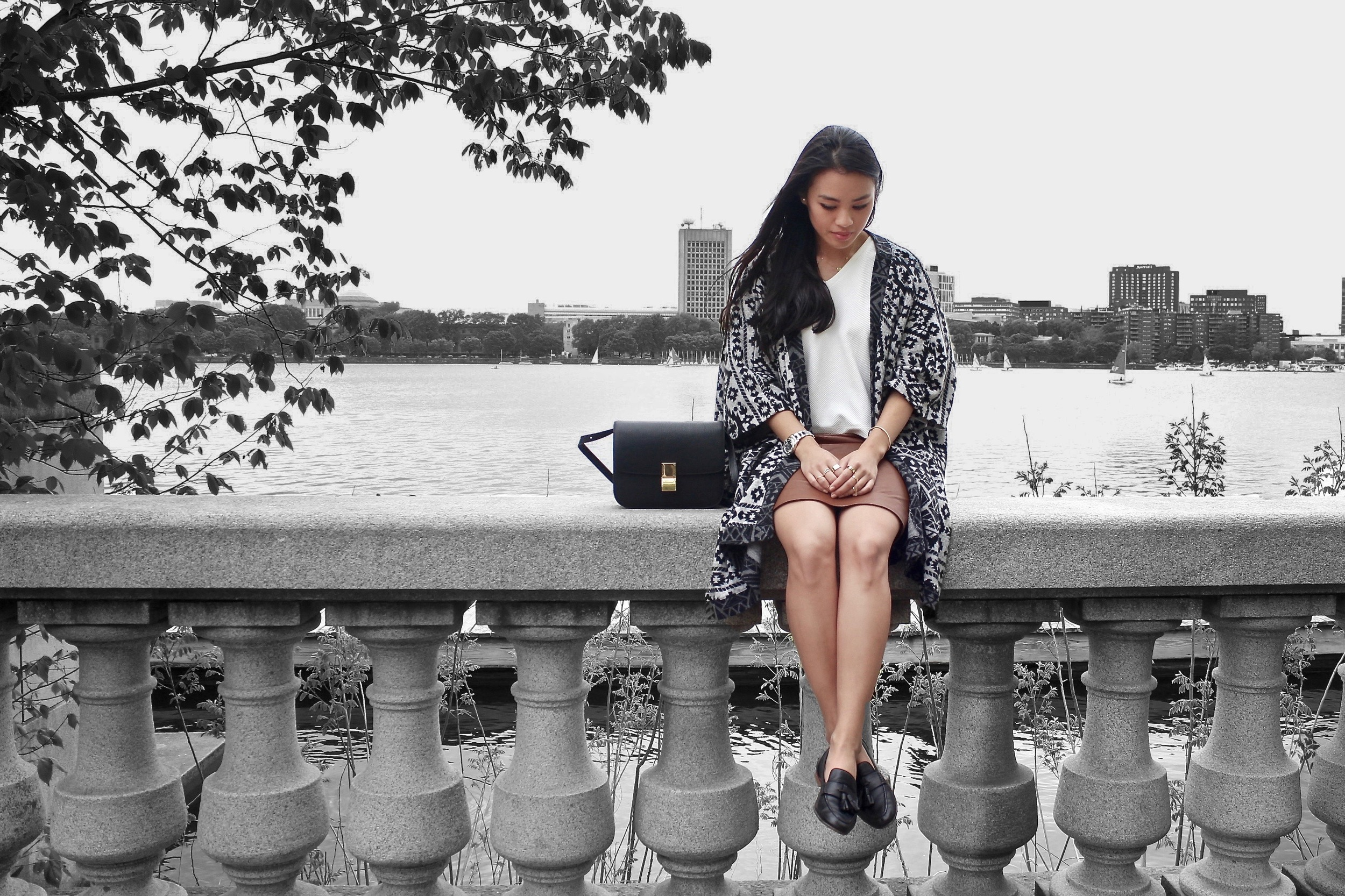 Just Goh With It-Travel-Outfit-Boston-Leather-Aztec-Cape-Loafer-Celine-box-3.jpg