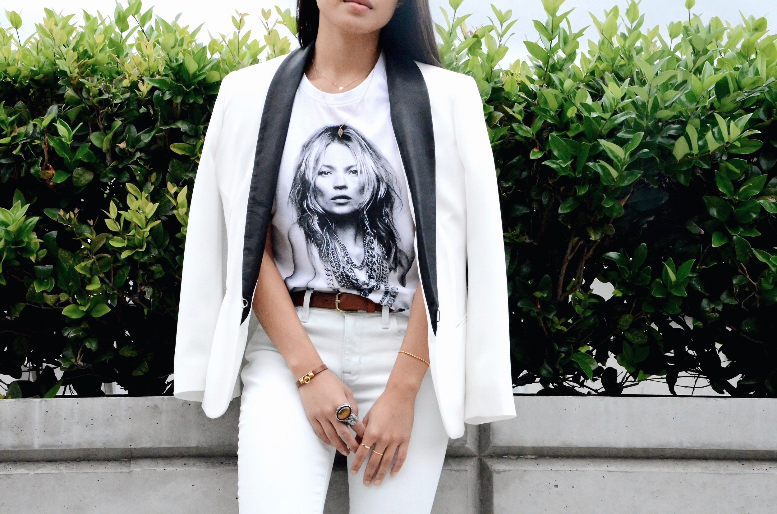 Just Goh With It-Outfit-kate-moss-rag-bone-blazer-alexander-wang-sandals-jeans-5.jpg