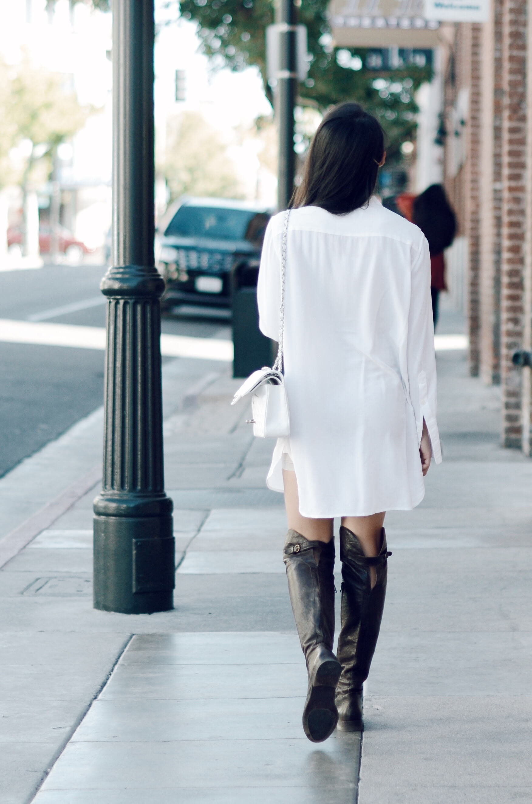 Just Goh With It-Outfit-white-silk-dresss-over-the-knee-boots-cat-eye-classic-chanel-6.jpg