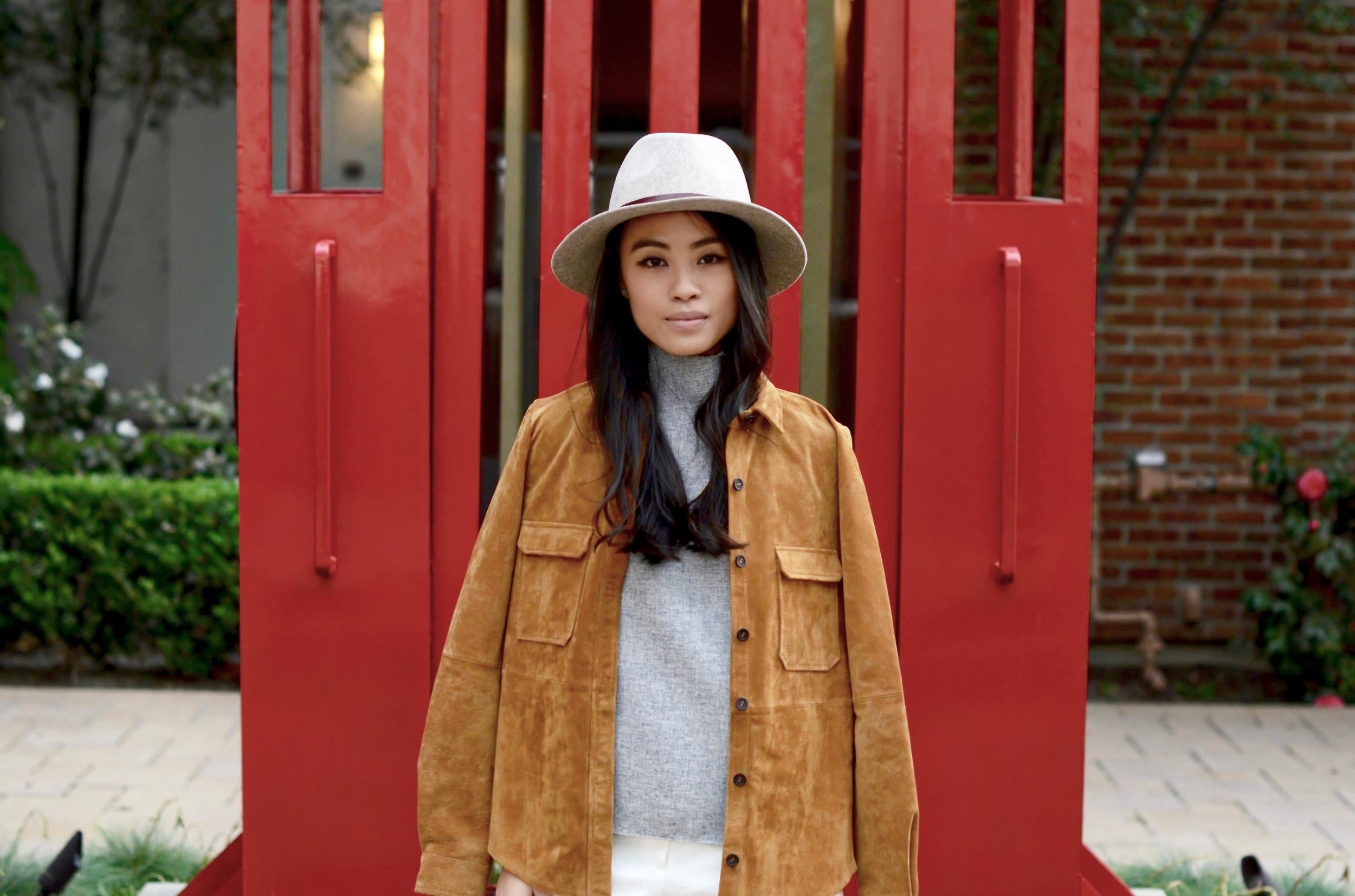 Just Goh With It-Outfits-Suede-jacket-mockneck-hat-chloe-fringe-sandals-1.jpg