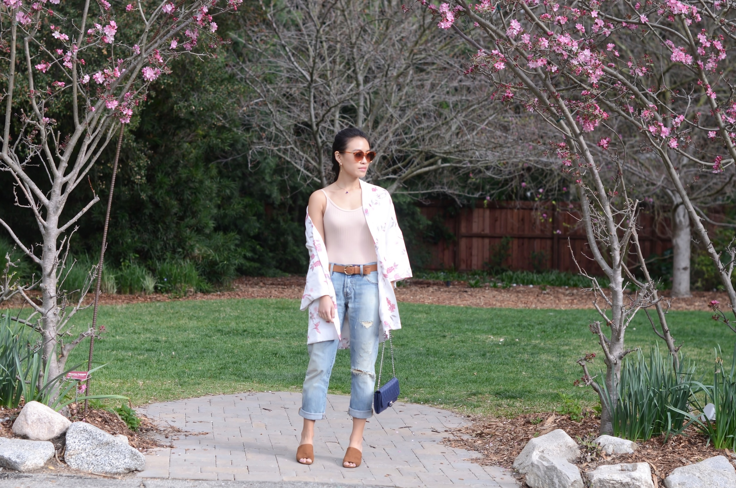 Just Goh With It-Outfit-Descanso-Gardens-Levis-Jeans-Bodysuit-Mules-Kimono-Cardigan-9.jpg