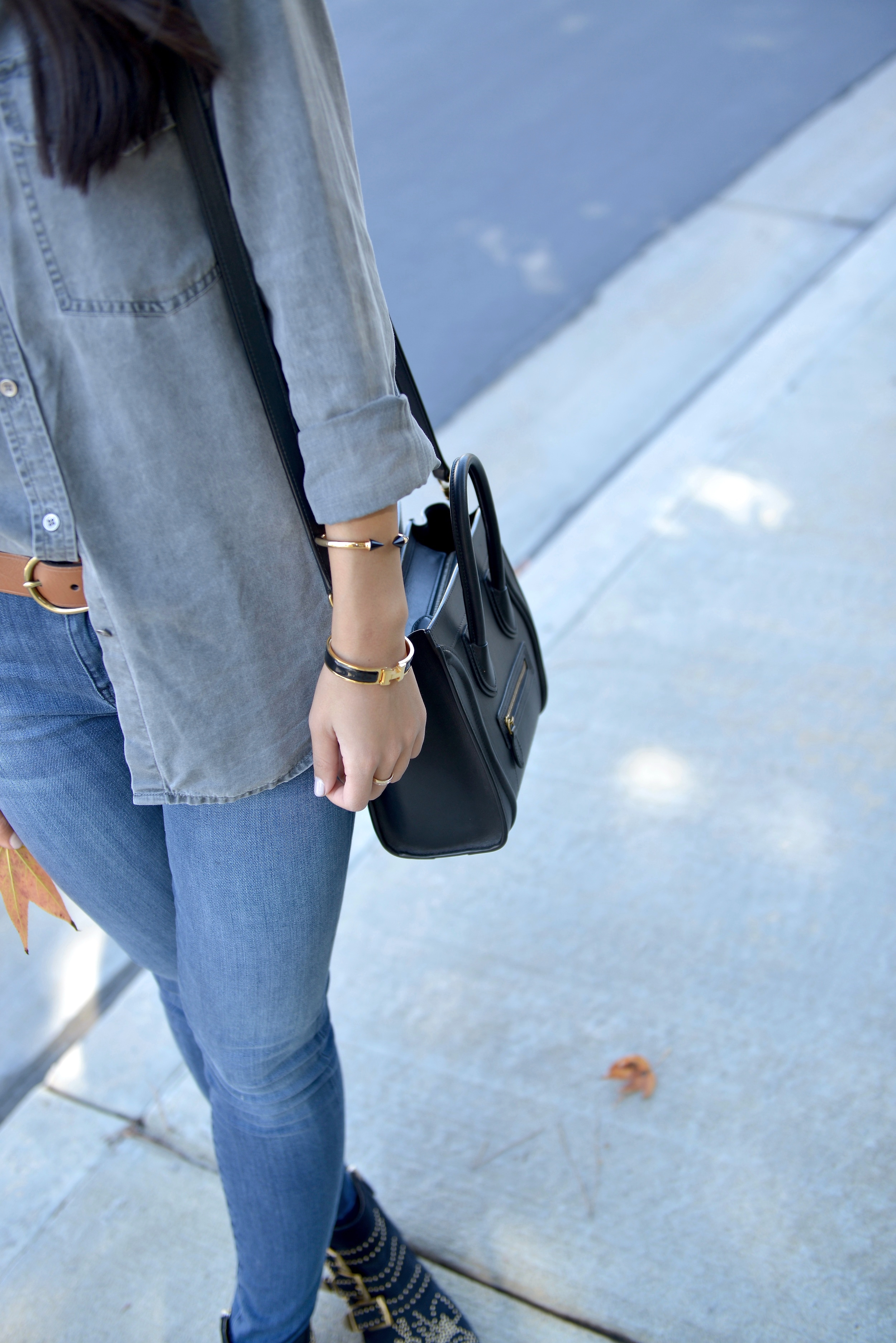 Just Goh With It-Outfit-Current-Elliott-Shirt-Blue-Jeans-Chloe-Susanna-Ankle-Boots-2.jpg
