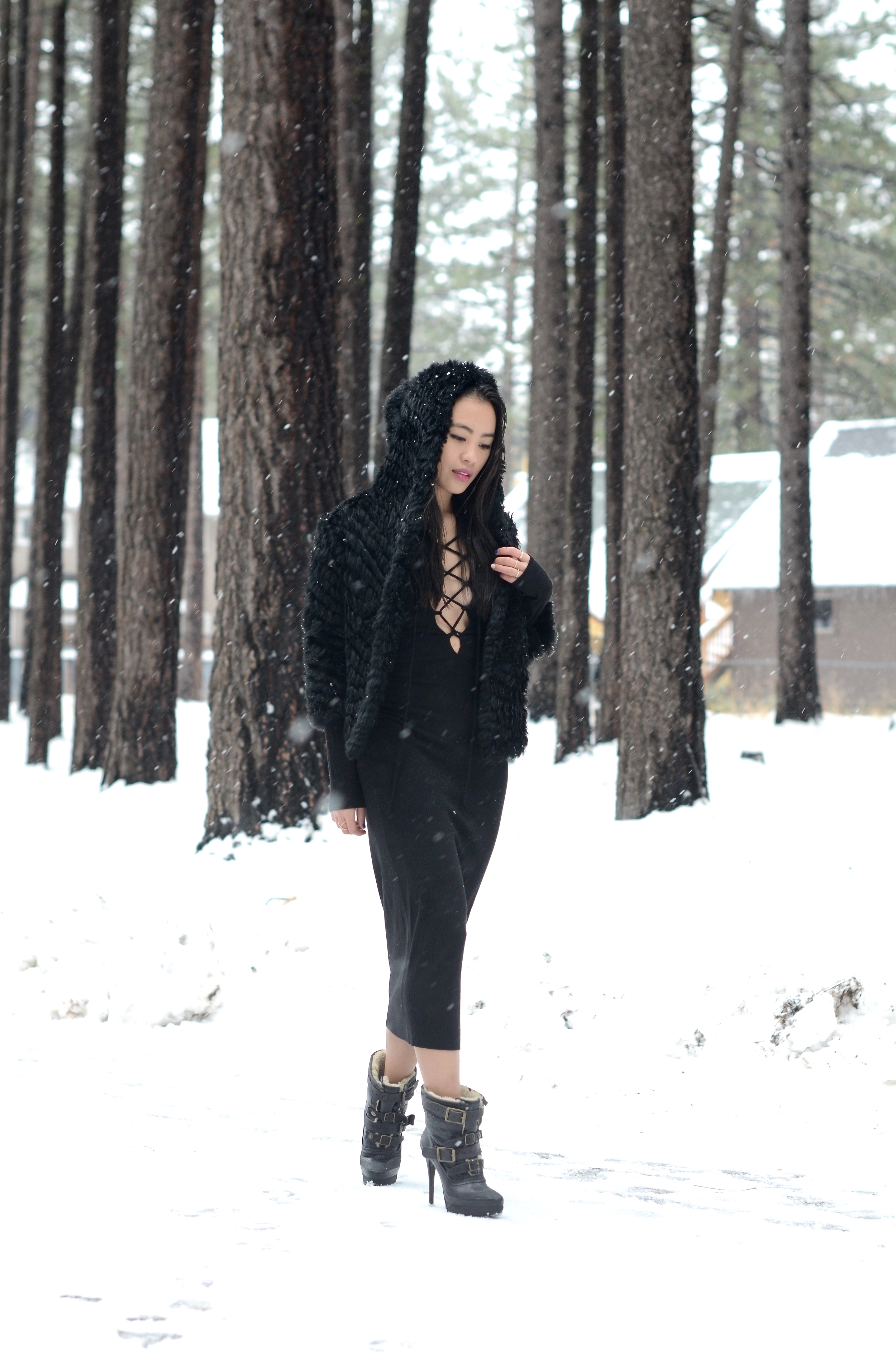 Just Goh With It-Travel-California-Lake-Tahoe-Reformation-Lace-Up-Dress-Burberry-Shearling-Boots-Marc-Jacobs-Fur-Jacket-11.jpg